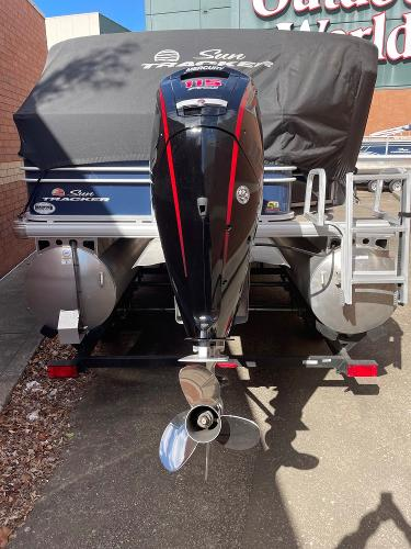 2021 Sun Tracker boat for sale, model of the boat is SF22 & Image # 14 of 16