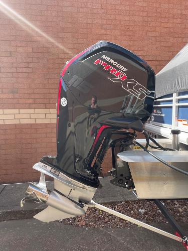 2021 Sun Tracker boat for sale, model of the boat is SF22 & Image # 15 of 16