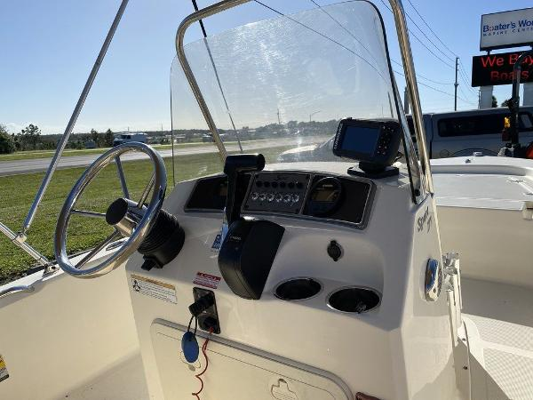 2017 Scout boat for sale, model of the boat is 177 Sport & Image # 4 of 7