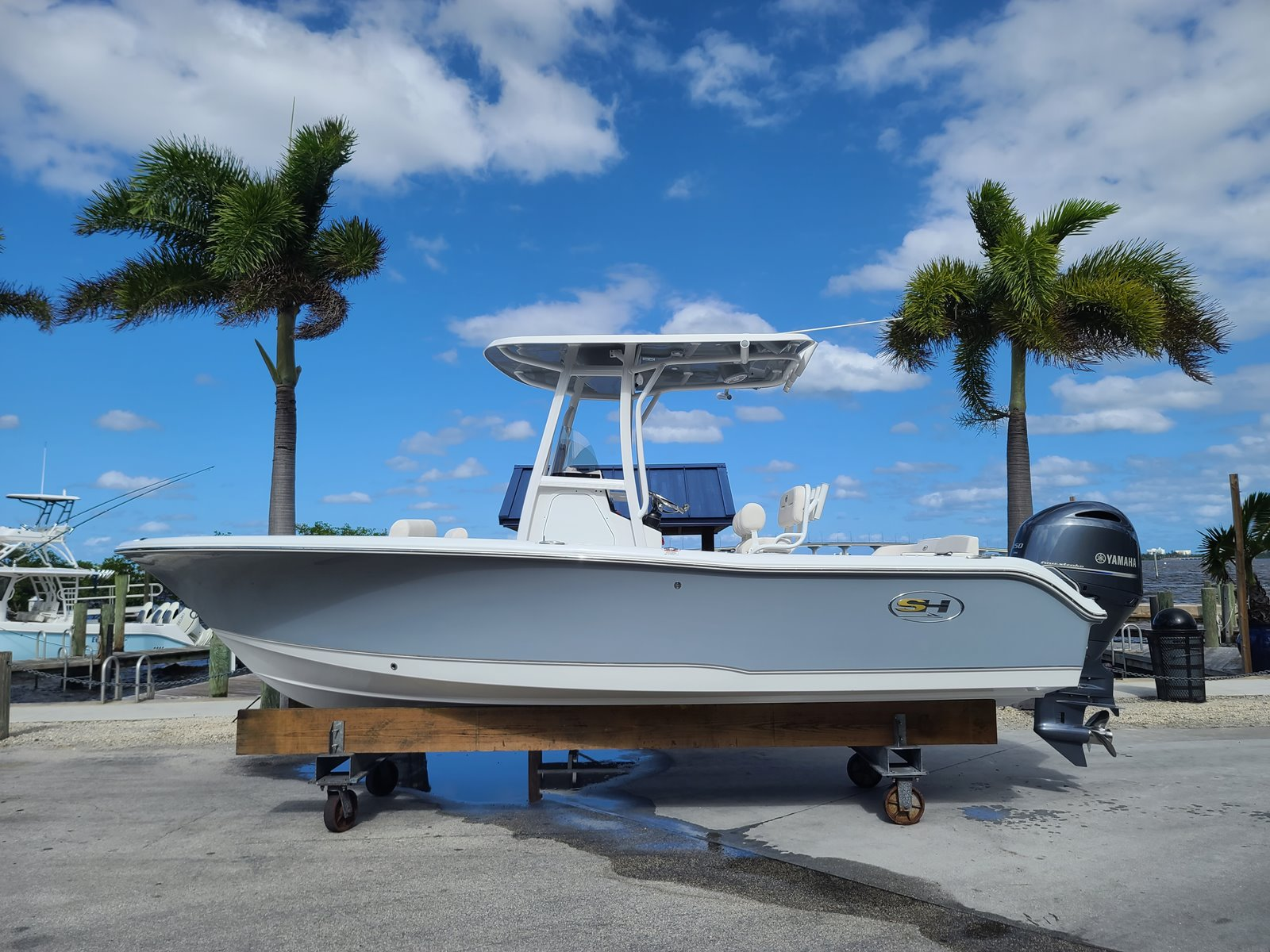 2021 SEA HUNT 219 Ultra