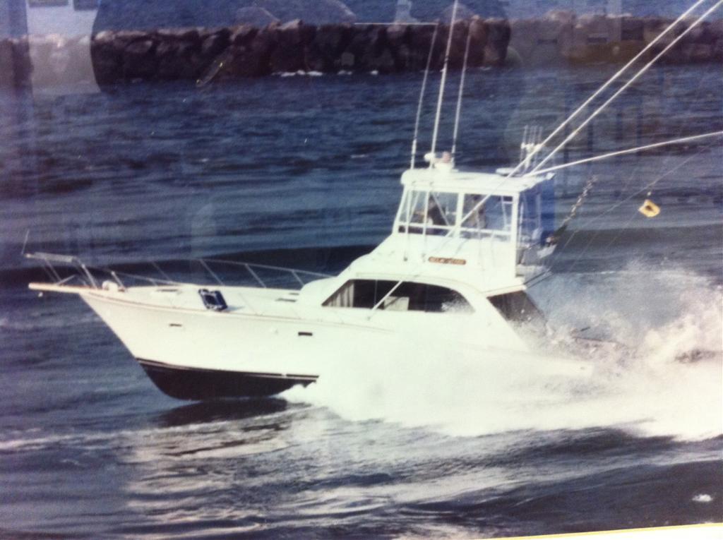 1983 POST 42 Flybridge Sportfisherman