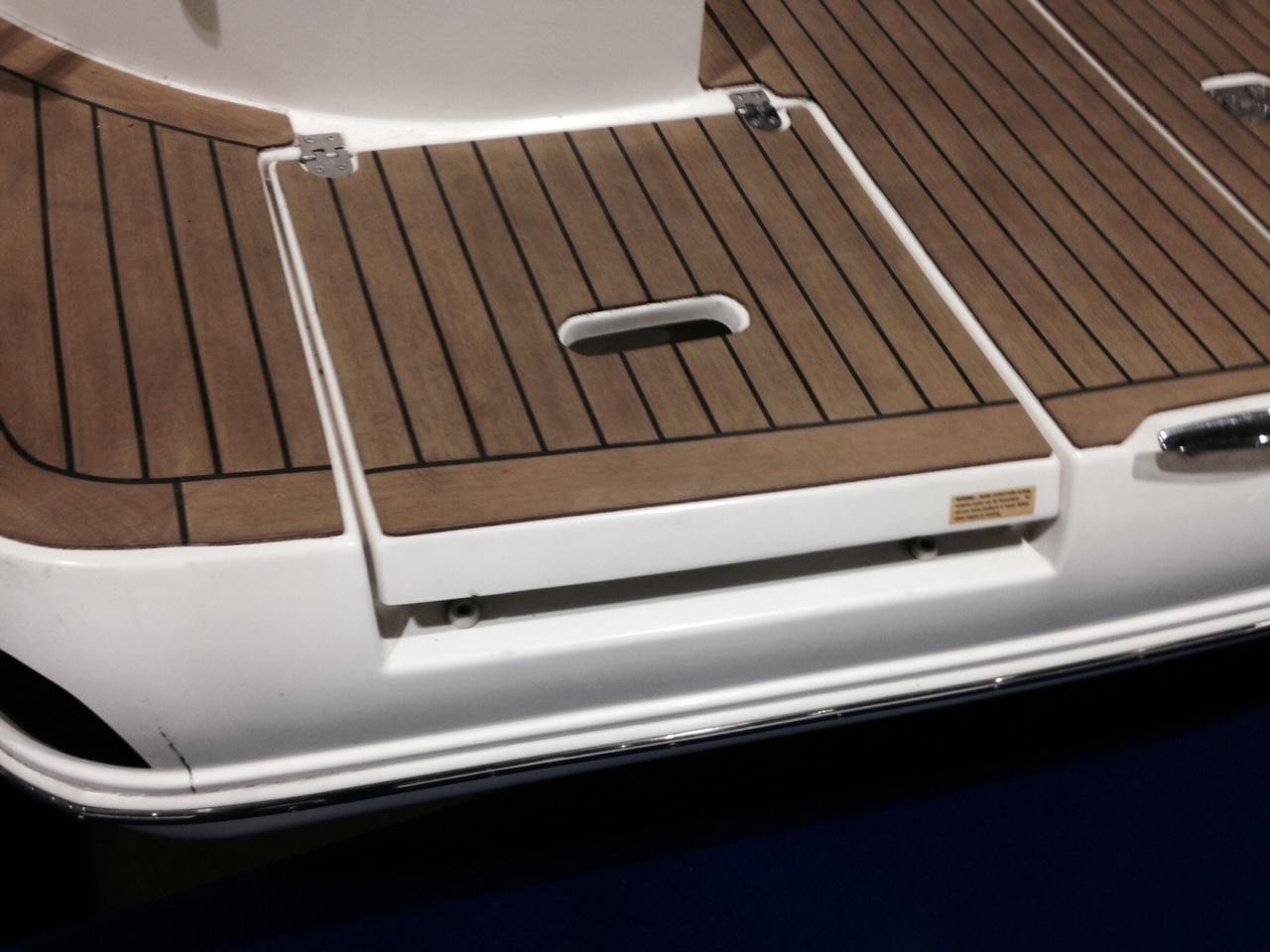 NY 5966 KM Knot 10 Yacht Sales