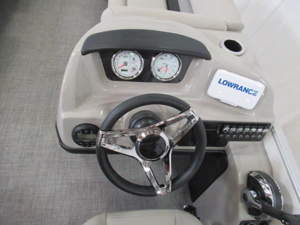 2020 Barletta boat for sale, model of the boat is C22QC & Image # 2 of 13