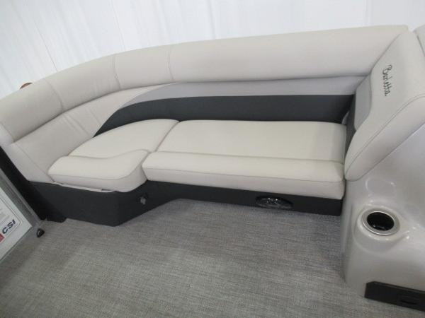 2020 Barletta boat for sale, model of the boat is C22QC & Image # 11 of 13