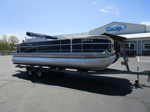 2012 Forest River boat for sale, model of the boat is Berkshire 231 RFC & Image # 1 of 20