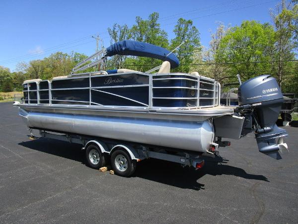 2012 Forest River boat for sale, model of the boat is Berkshire 231 RFC & Image # 3 of 20