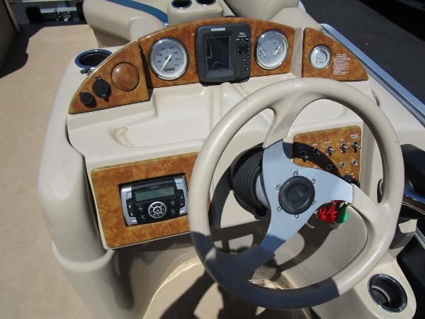 2012 Forest River boat for sale, model of the boat is Berkshire 231 RFC & Image # 15 of 20