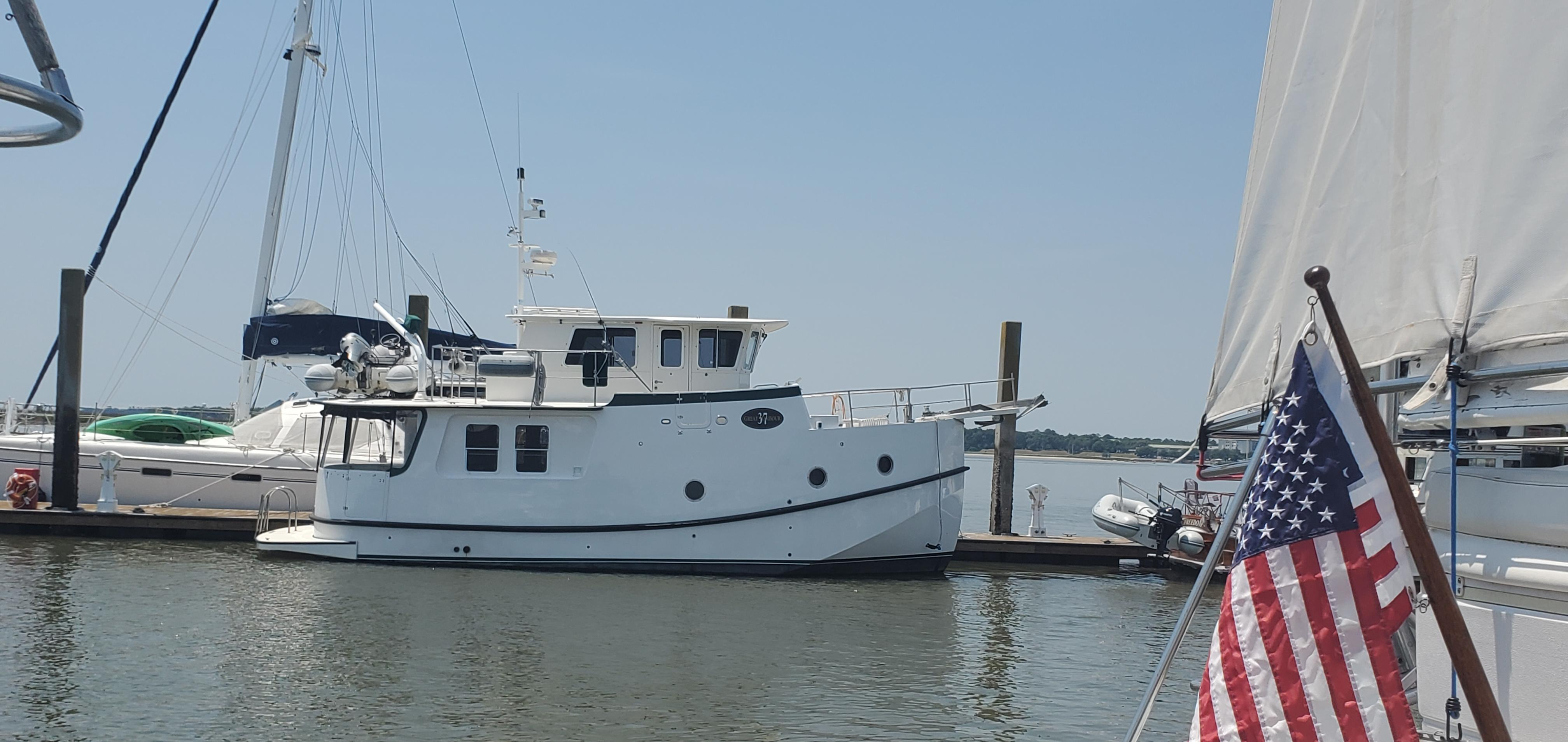 NC 6190 RD Knot 10 Yacht Sales