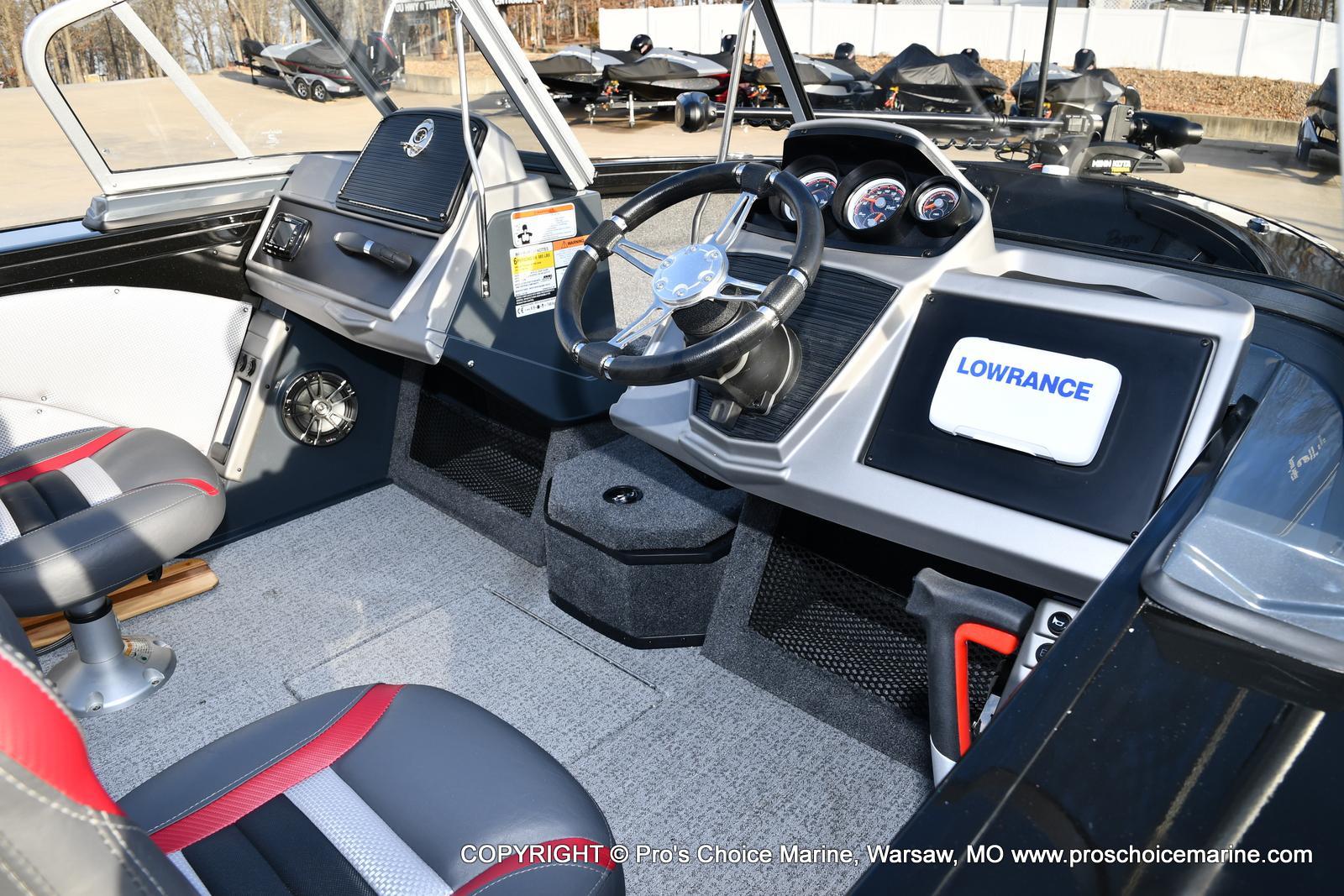 2021 Ranger Boats boat for sale, model of the boat is VX1788 WT w/150HP Pro-XS 4 Stroke & Image # 5 of 50