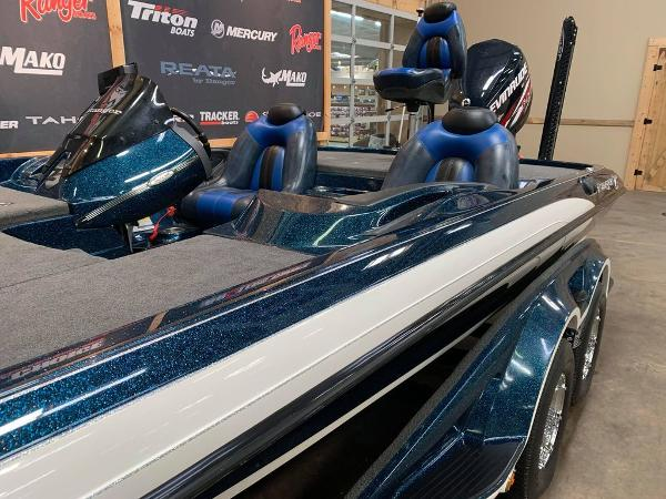 2013 Ranger Boats boat for sale, model of the boat is Z Comanche Z520 & Image # 10 of 17