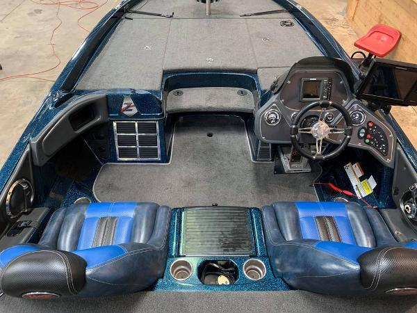 2013 Ranger Boats boat for sale, model of the boat is Z Comanche Z520 & Image # 16 of 17
