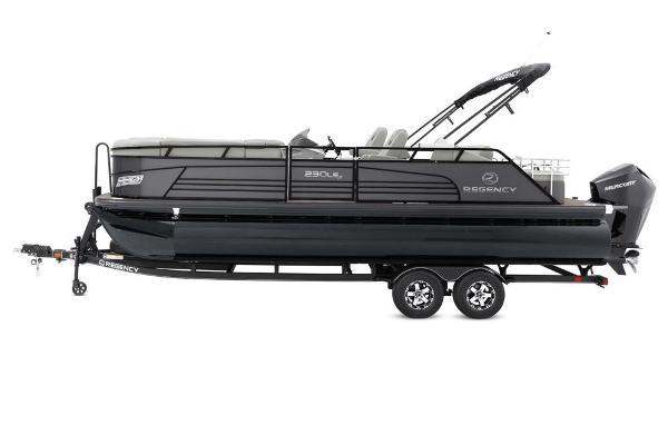 2022 Regency boat for sale, model of the boat is 230 LE3 Sport & Image # 16 of 76