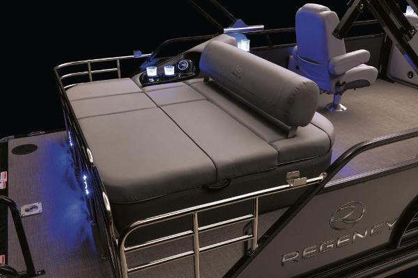 2022 Regency boat for sale, model of the boat is 230 LE3 Sport & Image # 26 of 76