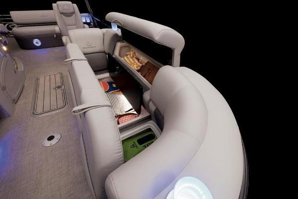 2022 Regency boat for sale, model of the boat is 230 LE3 Sport & Image # 33 of 76