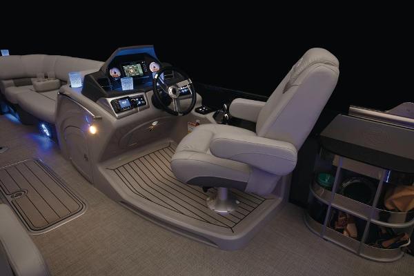 2022 Regency boat for sale, model of the boat is 230 LE3 Sport & Image # 40 of 76