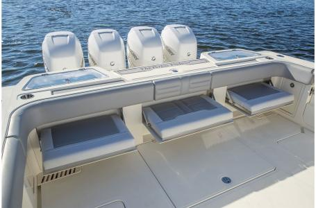 2021 Mako boat for sale, model of the boat is 414 CC & Image # 11 of 31