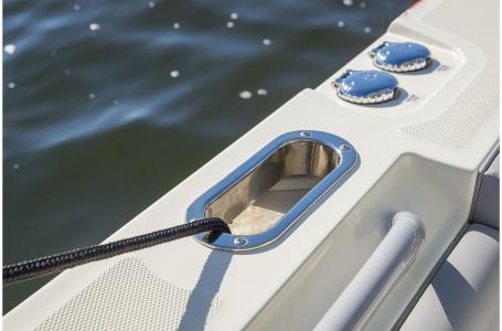 2021 Mako boat for sale, model of the boat is 414 CC & Image # 13 of 31