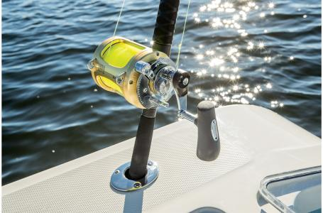 2021 Mako boat for sale, model of the boat is 414 CC & Image # 30 of 31