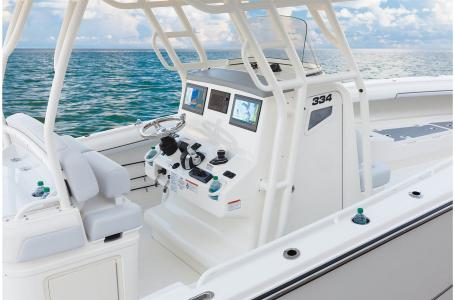 2021 Mako boat for sale, model of the boat is 334CC & Image # 21 of 32