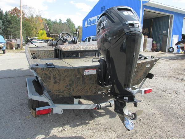 2019 Triton boat for sale, model of the boat is 1862 CC & Image # 6 of 26