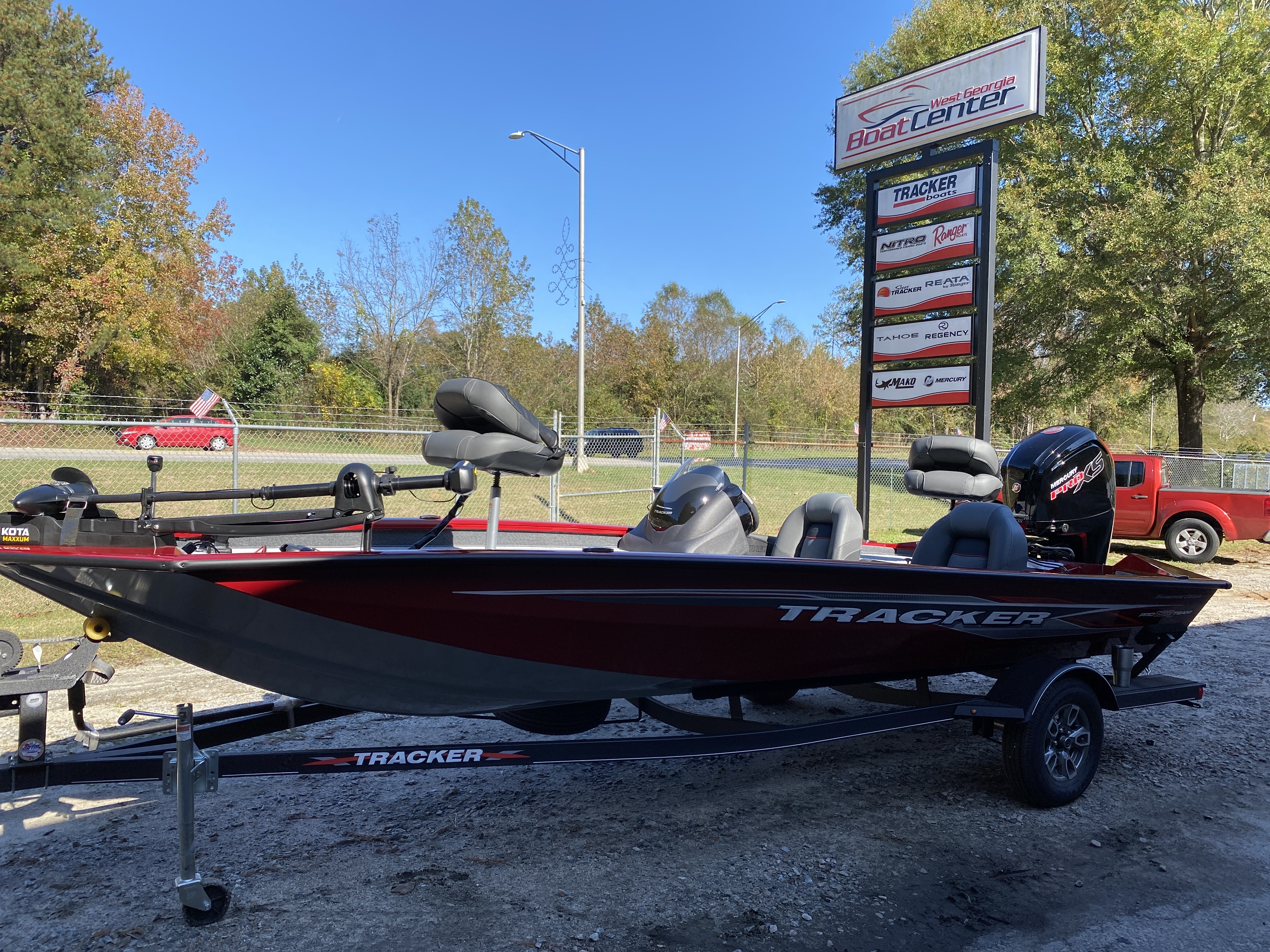 2021 Tracker Boats boat for sale, model of the boat is PT190 TXW Tourn Ed & Image # 32 of 50