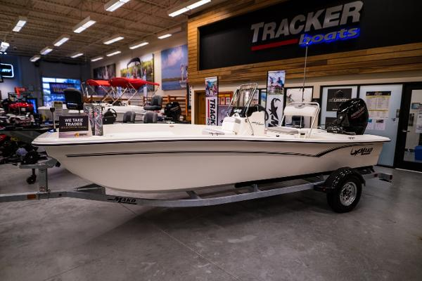 2022 Mako boat for sale, model of the boat is Pro Skiff 17 CC & Image # 1 of 28