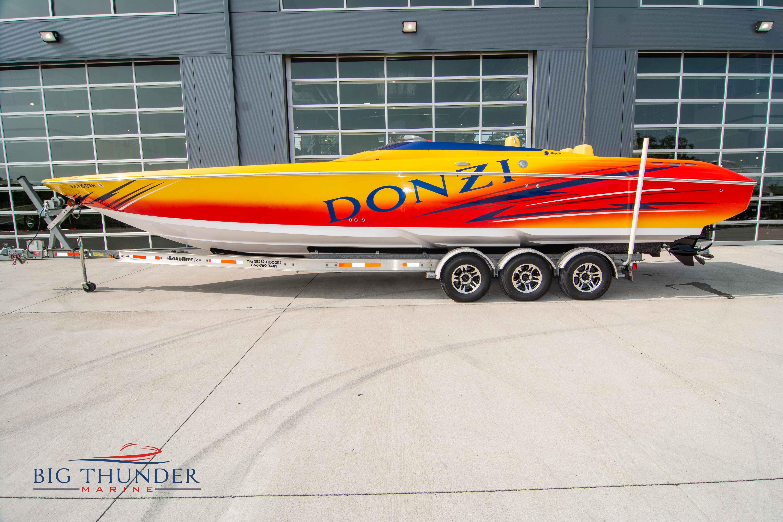 2006 Donzi 35 ZR thumbnail