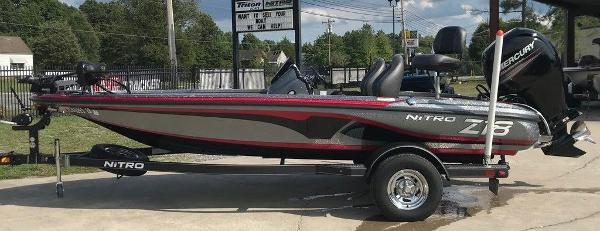 2017 Nitro boat for sale, model of the boat is Z18 & Image # 1 of 9