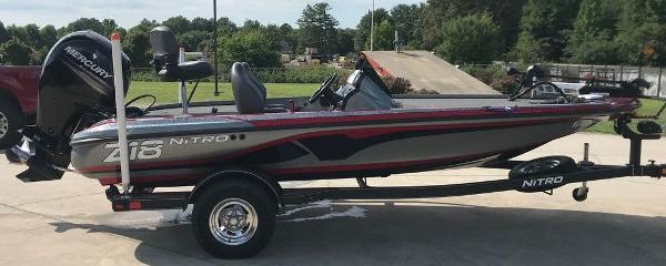 2017 Nitro boat for sale, model of the boat is Z18 & Image # 2 of 9