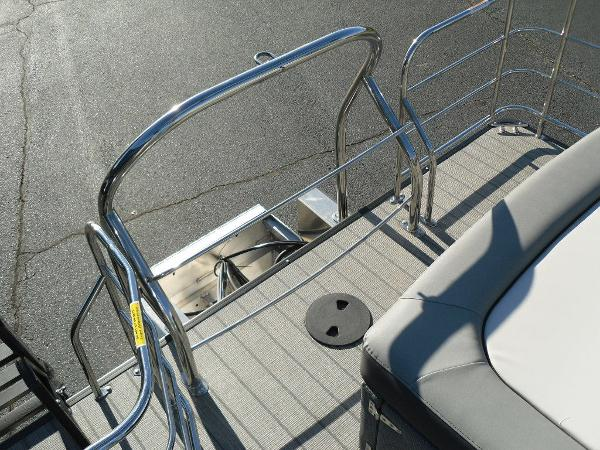2021 Godfrey Pontoon boat for sale, model of the boat is SW 2286 SFL iMPACT  29 in. Center Tube & Image # 3 of 26