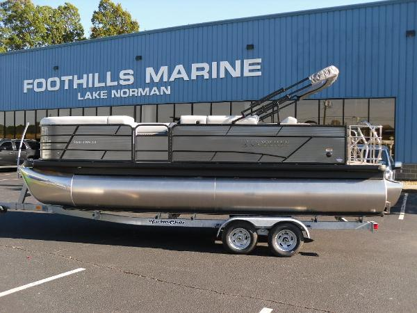 2021 Godfrey Pontoon boat for sale, model of the boat is SW 2286 SFL iMPACT  29 in. Center Tube & Image # 1 of 26