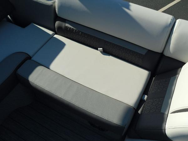 2021 Godfrey Pontoon boat for sale, model of the boat is SW 2286 SFL iMPACT  29 in. Center Tube & Image # 15 of 26