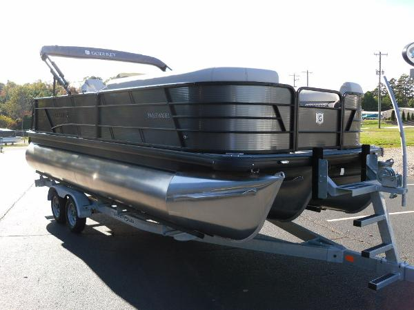 2021 Godfrey Pontoon boat for sale, model of the boat is SW 2286 SFL iMPACT  29 in. Center Tube & Image # 20 of 26