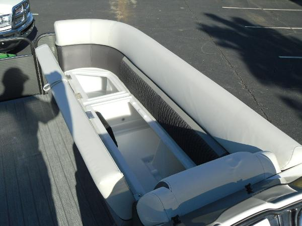 2021 Godfrey Pontoon boat for sale, model of the boat is SW 2286 SFL iMPACT  29 in. Center Tube & Image # 21 of 26