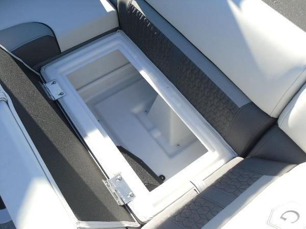2021 Godfrey Pontoon boat for sale, model of the boat is SW 2286 SFL iMPACT  29 in. Center Tube & Image # 24 of 26