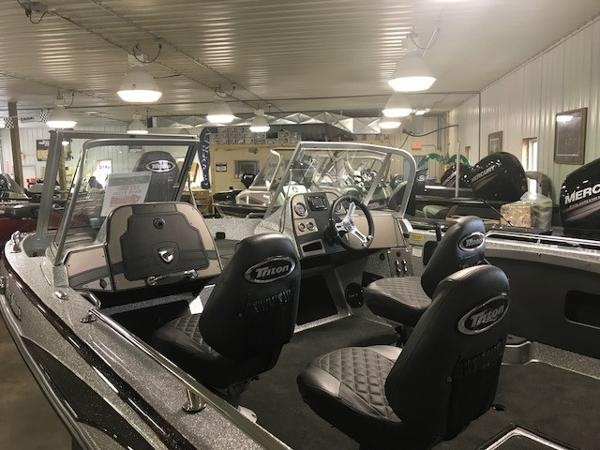 2017 Triton boat for sale, model of the boat is 206 Allure & Image # 4 of 13