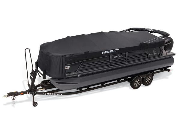 2021 Regency boat for sale, model of the boat is 230 LE3 & Image # 11 of 69