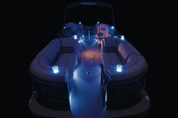 2021 Regency boat for sale, model of the boat is 230 LE3 & Image # 21 of 69