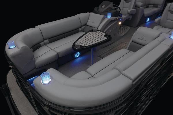 2021 Regency boat for sale, model of the boat is 230 LE3 & Image # 24 of 69