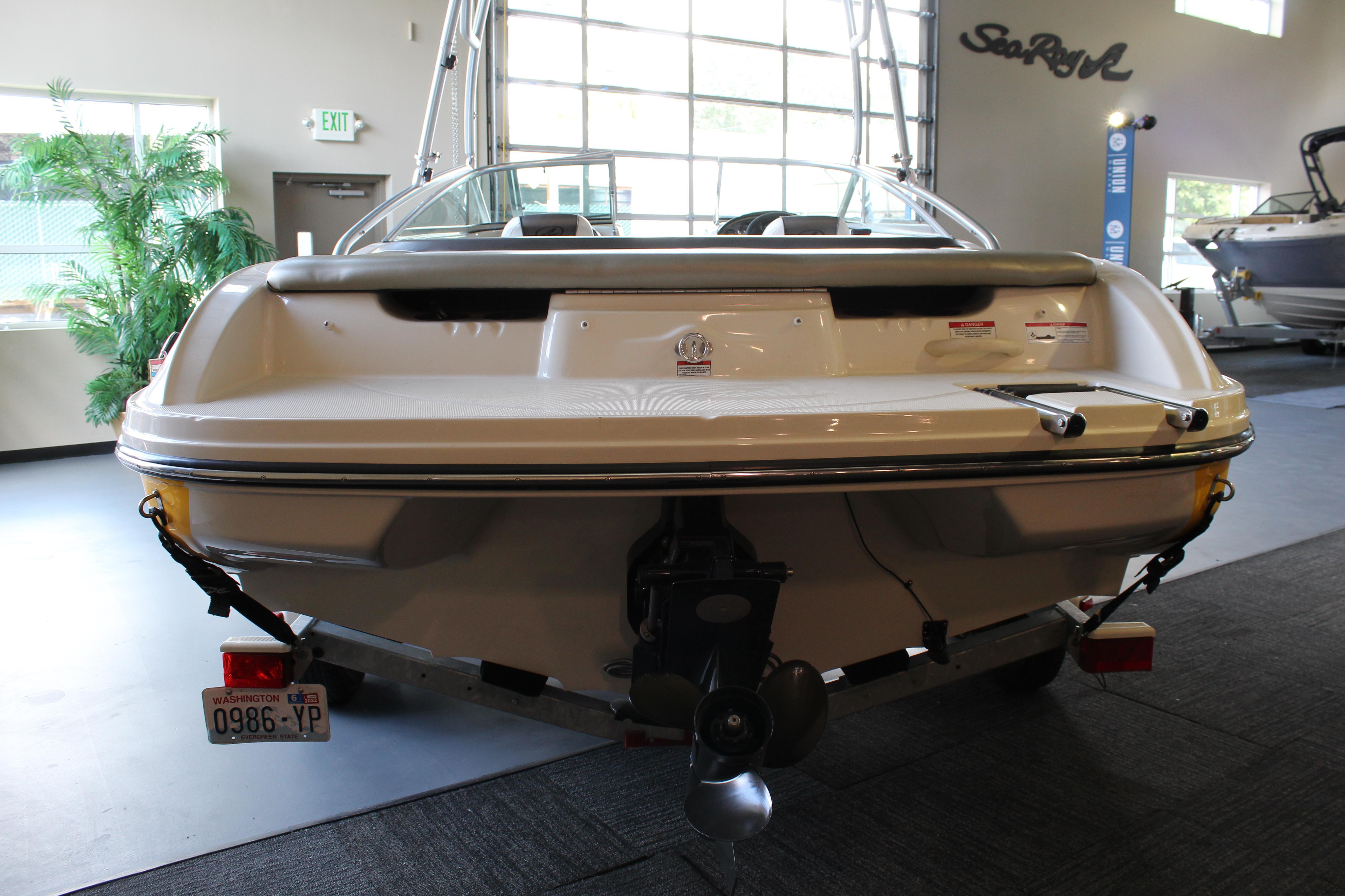 2007 Sea Ray 205 Sport