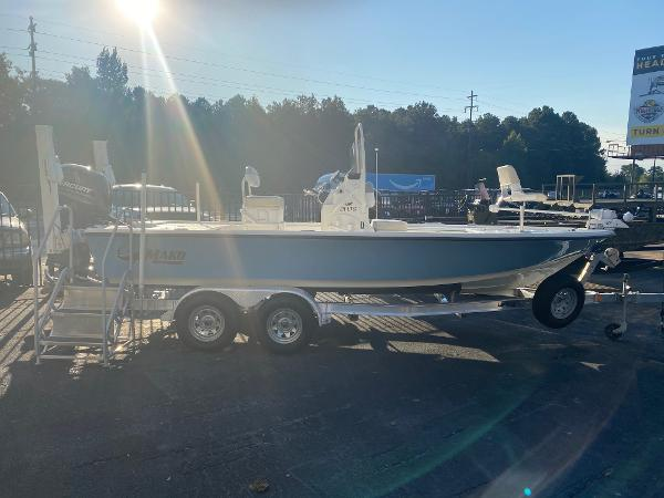 2019 Mako boat for sale, model of the boat is 21 LTS & Image # 9 of 38