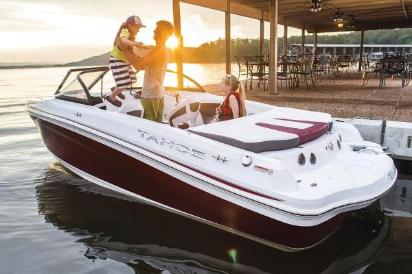 2018 Tahoe boat for sale, model of the boat is 500 TS & Image # 12 of 47