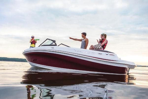 2018 Tahoe boat for sale, model of the boat is 500 TS & Image # 15 of 47