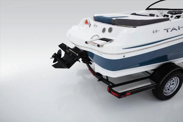2018 Tahoe boat for sale, model of the boat is 500 TS & Image # 27 of 47