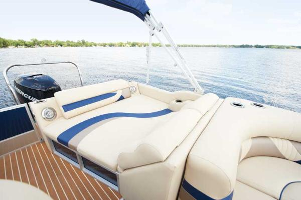 2012 Crest boat for sale, model of the boat is 250SLR Caribbean & Image # 24 of 24