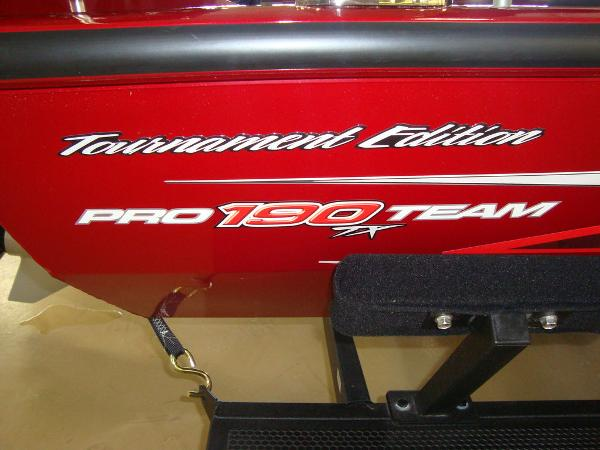 2021 Tracker Boats boat for sale, model of the boat is Pro Team™ 190 TX Tournament Ed. & Image # 16 of 16