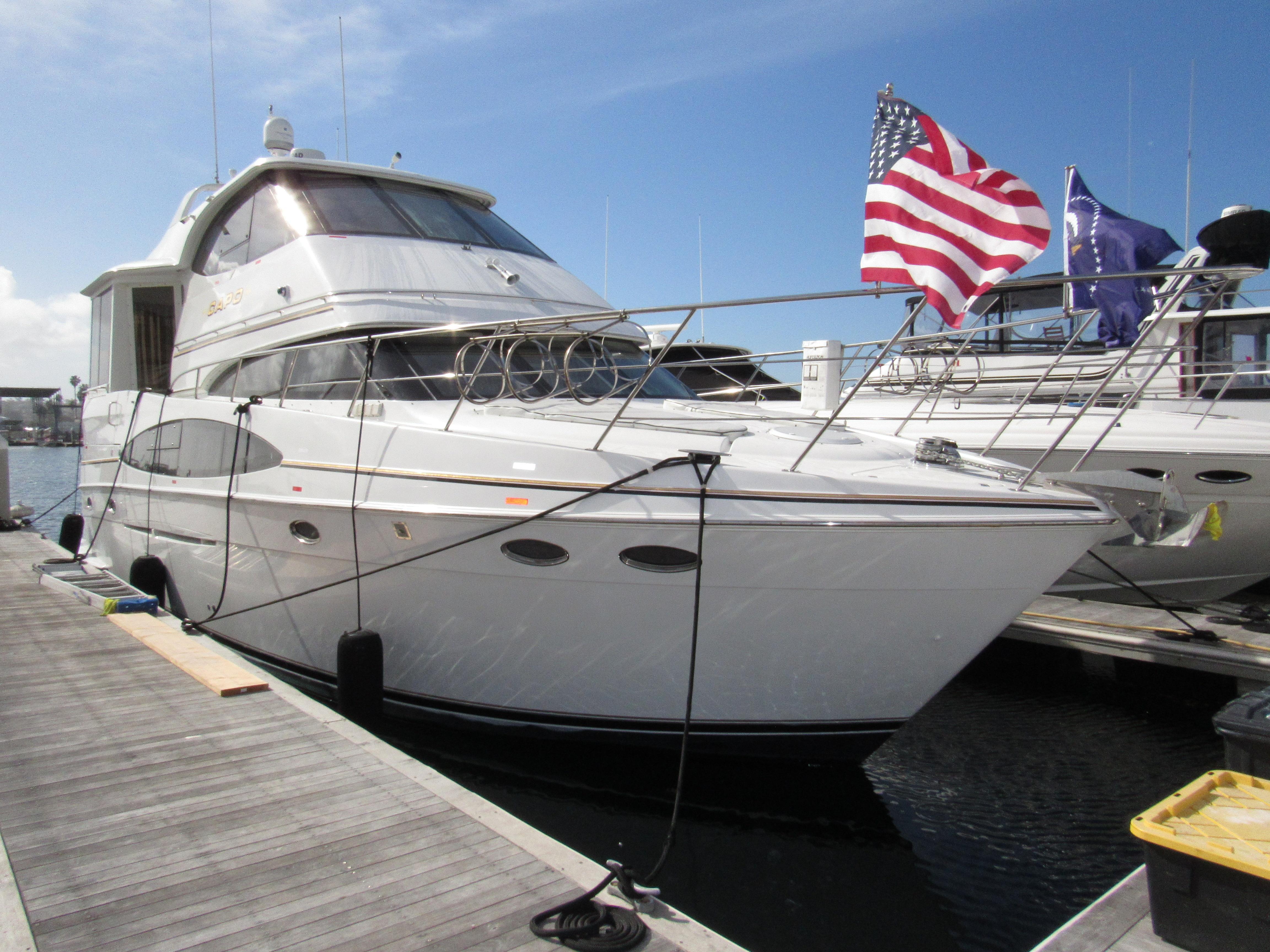 2000 Carver 506 Motor Yacht