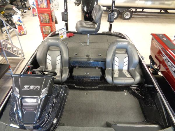 2020 Nitro boat for sale, model of the boat is Z20 Pro & Image # 5 of 26