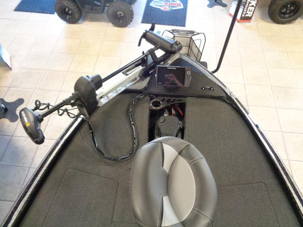 2020 Nitro boat for sale, model of the boat is Z20 Pro & Image # 4 of 26