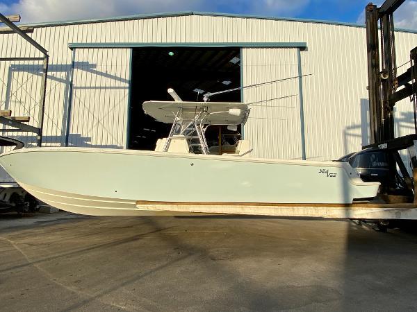2013 SeaVee 340B